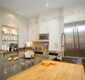 10 Interior Design Ideas Make Your Small Kitchen Look Amazing and Bigger on A Budget-Use shiny surface in your kitchen